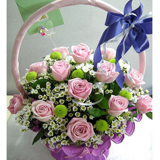 18 roses basket arrangement