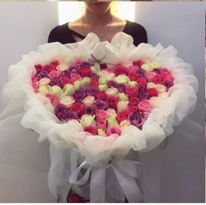large roses bouquet